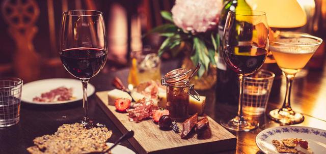 Vin & sötsaker